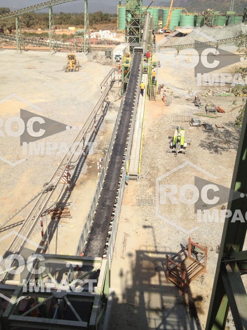 Convoyeur MINING ROC BELT SYSTEME pour une Mine au Mali